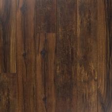 Garnet Lumber Variedad Embossed in Register Laminate