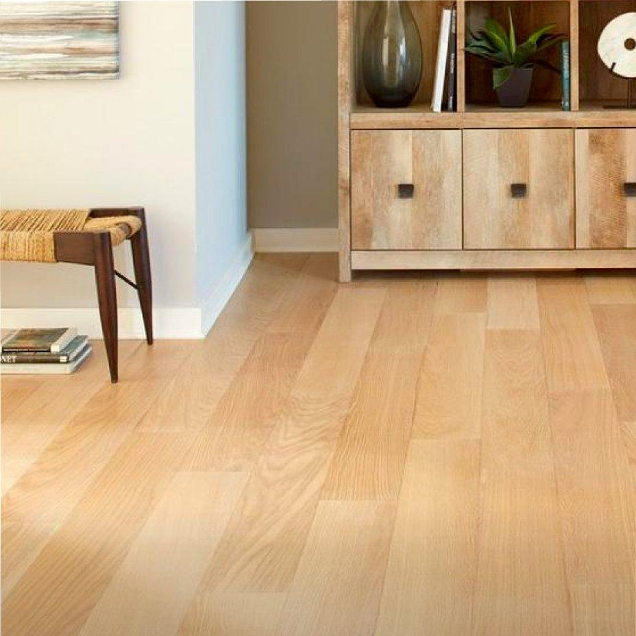 Laminate Flooring Vs Wood ENGINEERED